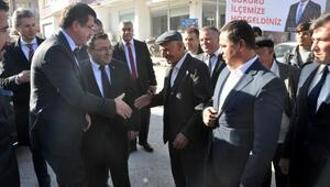 Bakan Zeybekci: Türkiyenin karnını, başını ağrıtacak hiçbir şey yok
