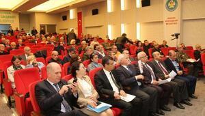 CHPli Özelden AK Partili Ünala belgeler için randevu