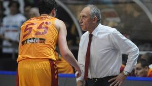 Galatasaray Odeabank Başantrenörü Erman Kunterden hakemlere eleştiri
