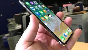 iPhone X satışları Appleın yüzünü güldürdü