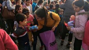 Toplanan oyuncak ve kıyafetler çocuklara ulaştırıldı