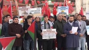 Eyüp Sultan Camii önünde Kudüs protestosu