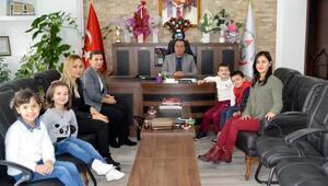 Öğrencilerden milli eğitime ziyaret