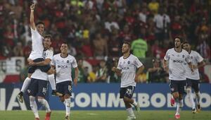 Tarih yazdılar Sudamericanada zafer Independientenin