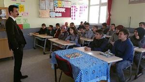 Çamardı Kaymakamı Şam'dan öğrencilere kaymakamlık dersi