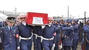 Şemdinlide intihar eden binbaşı, Eskişehirde toprağa verildi