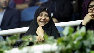 Rafsancaninin kızından başörtü açıklaması: Mecburi olmasına karşıyım