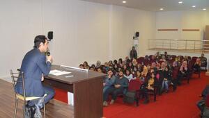 KOSGEP Müdürü Avras Eleşkirt'te öğrencilerle bir araya geldi