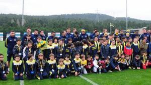 Fenerbahçe, Atiker Konyaspor mesaisine başladı