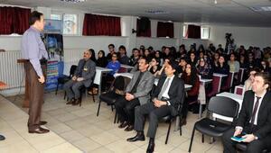 Rektör Sabuncuoğlu, lise öğrencileriyle buluştu