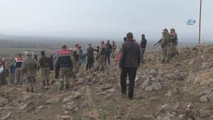 Köylülerin mezarlarının çimentoya karıştığı iddiası