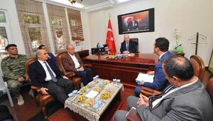 Vali Coşkun, Hasanbeylide köy muhtarlarını dinledi