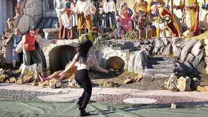 Vatikan'da Femen şoku