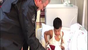 İtfaiye ekipleri yangından kurtardıkları Emiri hastanede ziyaret etti