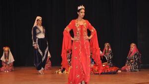 Eskişehirde Anadolu Gelinleri Düğün Temalı Sahne Gösterisi