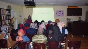 Şemdinli Belediyesinden sağlık semineri