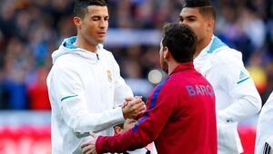 Cristiano Ronaldo: Tarihin en iyisi Messi, ödülü geri göndereceğim