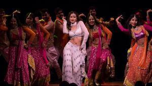 Bollywooddan gösterişli müzikal geliyor