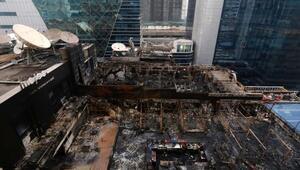 Mumbaide restoran alev alev yandı En az 15 kişi öldü