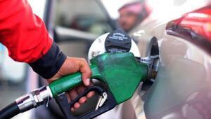 Suudi Arabistanda benzin fiyatlarına büyük zam