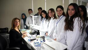 ÇÜ öğrencilerine sertifikalı eğitim