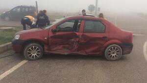 Sakaryada sis kazaya yol açtı: 2 yaralı