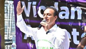 İzmirde gözaltına alınan HDPli Baydemir, adliyede ifade verecek