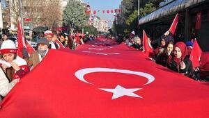 Sarıkamış şehitleri için 103üncü yılda103 metrelik bayrakla yürüdüler