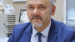 Prof. Dr. Demir: Sosyal medya üzerinden estetik cerrah seçilmemeli