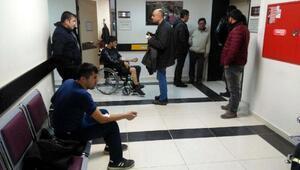 Eskişehirde işçi servisi devrildi: 8 yaralı