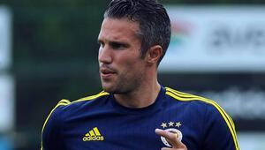 Fenerbahçe transferine sert tepki Persie...