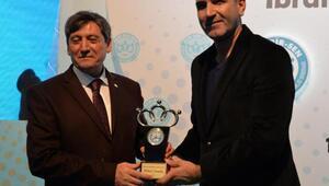 Bem-Bir-Senden Hürriyet, Posta ve CNN Türk yazar ve muhabirlerine ödül