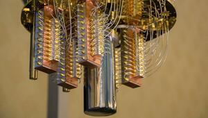 50-qubit kuantum bilgisayar böyle görünüyor