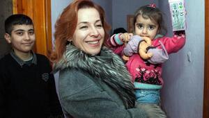 Van Valisinin eşi Sevcan Zorluoğlu, şehit ailelerini ziyaret etti