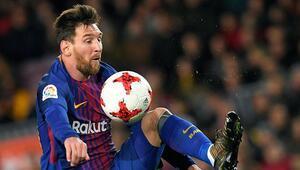 Messi para basacak 1 yılda alacağı para...
