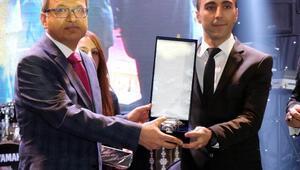 DHAya 2 ödül