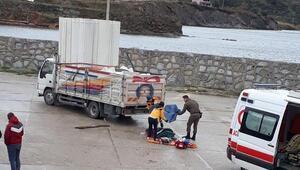 Avşada liman görevlisi kamyonetin altında can verdi