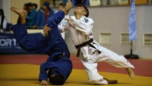 Türkiye Ümitler Judo Şampiyonası heyecanlı başladı