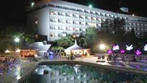 Kabil'de beş yıldızlı otele silahlı saldırı (2)