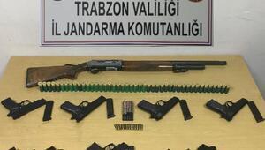 Ofta ruhsatsız 6 tabanca ve 1 tüfek ele geçirildi