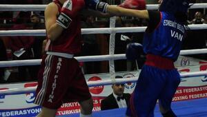 Kadınlar Boks Şampiyonası Nevşehir'de başladı