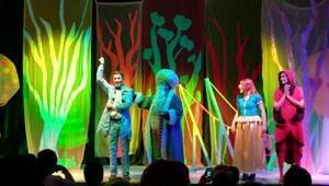 Karesi Belediyesi, çocukları tiyatro ile buluşturuyor