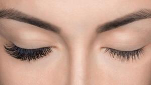Ceylan gibi gözlere sahip olmanızı sağlayacak 3 kirpik bakım önerisi