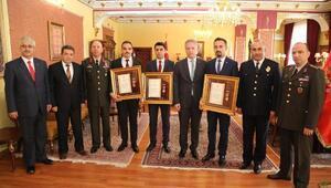 15 Temmuz gazisi polislere Devlet Övünç Madalyası