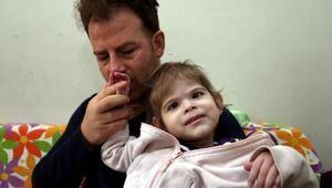 Küçük Zeynep, yapay iskeletle yatak yaralarından kurtulacak