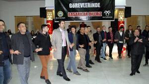 Diyarbakırda asker ocağına uğurlanan 55 gence altın ve Türk bayrağı