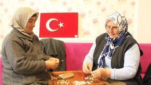 Akkışlalı kadınlar, Afrindeki Mehmetçikler için Kayseri mantısı yaptı