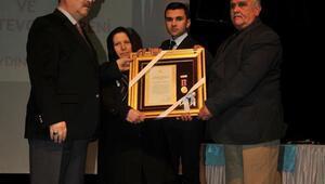 Aydındaki 4 şehit yakını ve 9 gaziye Devlet Övünç Madalyası verildi