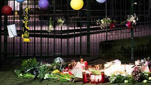 Almanya Leon'u, Dortmund renkleriyle uğurladı