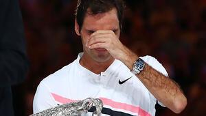 Şampiyon Federer gözyaşlarını tutamadı